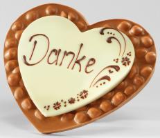 Шоколад молочный сердце Danke (фундук) LADERACH, 250г