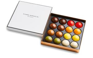 Шоколад PIERRE MARCOLINI, 16 MELOVE CAKES, ассорти, 192 гр
