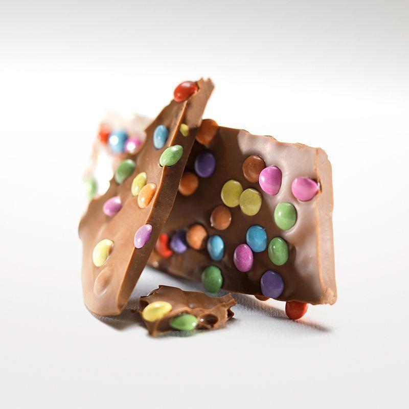 Шоколад молочный с конфетти LADERACH, 100г