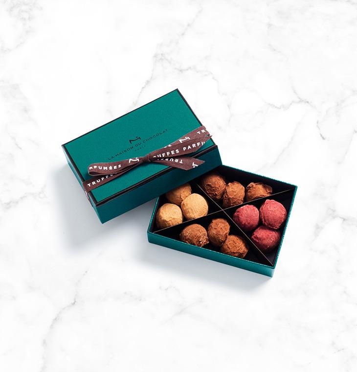 Шоколадные конфеты трюфели Plain Cassis Caramel Truffles 12шт LA MAISON, 84гр