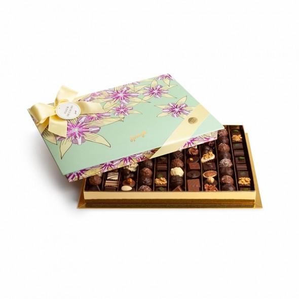 Шоколадные конфеты пралине, трюфели Bonbonniere Deluxe Fleur Cacao turqoise SPRUNGLI